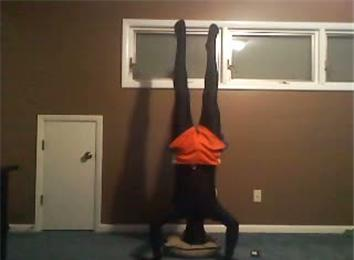 longest indoor headstand  world record  cirque colour