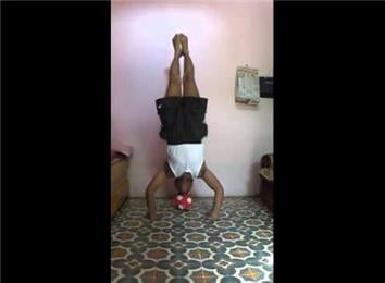 longest headstand on a soccer ball  world record  suresh