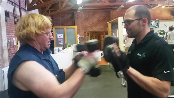 Most Contact Punches Made While Holding Two Four-Kilogram Dumbbells