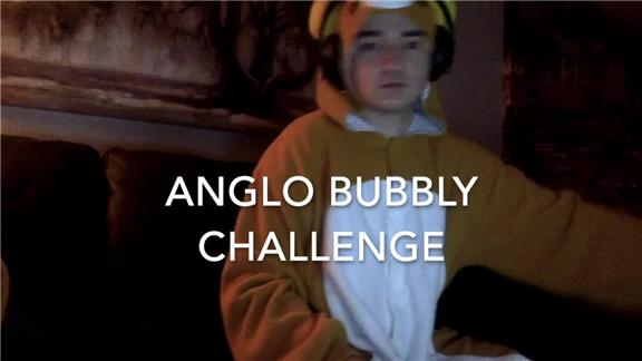 Most Pieces of Anglo Bubbly Used to Blow a Bubble