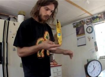 Longest Time Balancing Banana On Finger