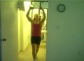 Most Shoulder-Level Perfect Pull-Ups In 15 Minutes