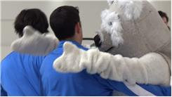Most Mascot Hugs In 30 Seconds Next To A Prius