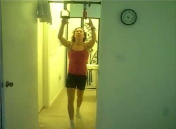 Most Shoulder-Level Perfect Pull-Ups In 10 Minutes