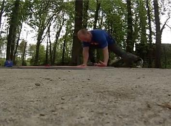 Most One-Armed Back-Of-Hand Push-Ups In 30 Minutes